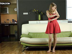 cock-squeezing labia teen Galina Fox posing