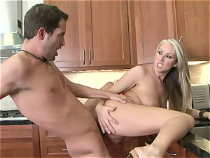 Carolyn Reese gets pumped to the point she can wait to sploog a nut