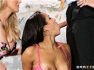 Brandi love lets ho-bo Abbey Lee Brazil boink her dude