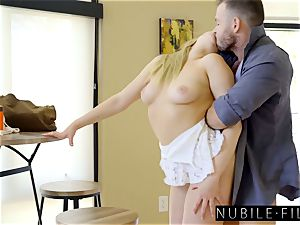 Mia Malkova The ideal humungous culo white lady S24:E22