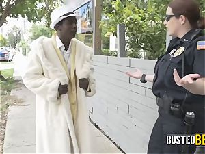 Shady pimp is caught slapping his woman by wild cougar cops