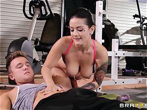 Serious puss exercise for Katrina Jade