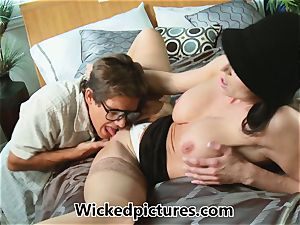 Kendra lust helps out a ultra-kinky stud with his problem