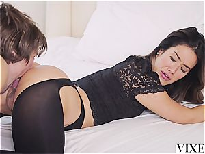 Eva Lovia porking an enrapturing fellow