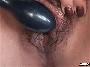 chinese honey plumbs her wetting raw cunny with a plaything