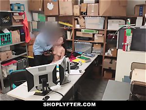 Shoplyfter - Troublemaking teenager tears up To Not Go To prison