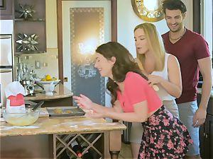 Upside down snatch smashing Natasha ultra-cute and Joseline Kelly in the kitchen