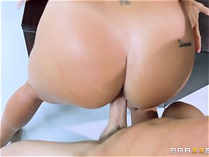 Johnny and Kissa Sins suggest a scorching pov spectacle
