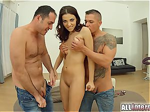 Jessica's preparing both her fuck-holes