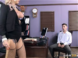 warm Headmistress Britney Shannon gets her mitts on a ultra-kinky schoolgirl