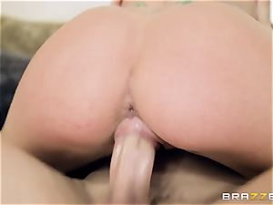 young punk tears up his neighbor's splendid daughter-in-law Jessa Rhodes