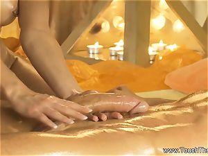Twisty mitt mobility massage
