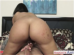 mom with thick cupcakes Mercedes Carrera hops on for a ride