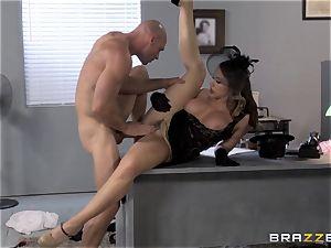 Chanel Preston craves Johnny Sins yam-sized boner