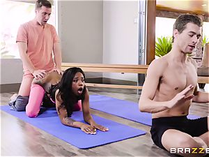 ebony beauty Sarah Banks dual porked pouch deep after yoga