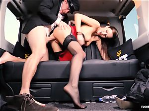 romped IN TRAFFIC - brit Tina Kay boinked in the car