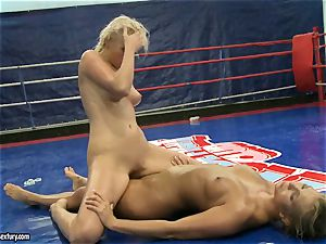 Linda Ray railing on her bare handsome rival