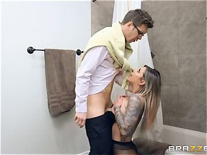 Karma RX packed in her wet beaver