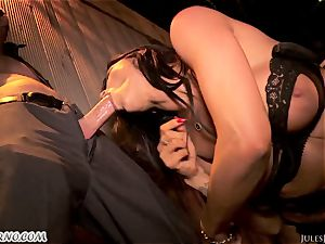 Romi Rain - unbelievable super-fucking-hot unexperienced pornography in the street