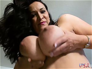 USAWives plump american mature chick Niki