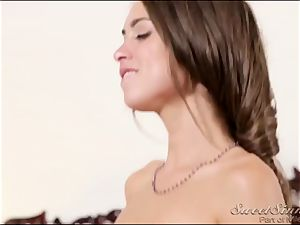 college girls' Pranks. Part 4 sweet ultra-cutie Riley Reid and her new bf