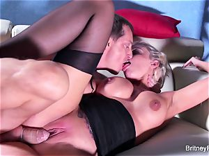 Britney gets a deep fuckpole and geyser on her ass