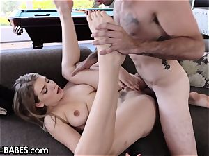 Giselle Palmer- jizz On My feet With Your penis