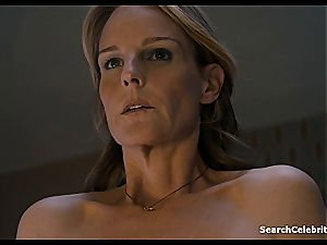 Heavenly Helen Hunt has a hairless beaver for viewing