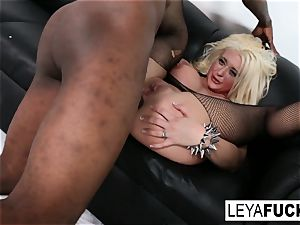super-fucking-hot enormous tittie blondie Leya gets her donk drilled