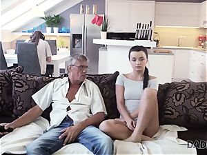 DADDY4K. father takes part in spontaneous fuck-a-thon with hottie Erica black