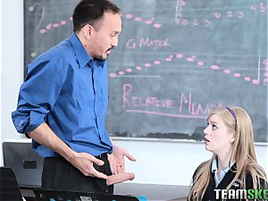 harmless Dolly leigh penetrates the tutor