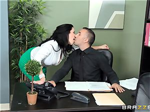 thick titted chief Jayden Jaymes drills her new employee